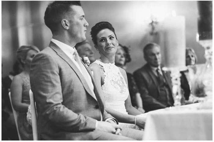 Забавный момент на свадьбе (5 фото)
