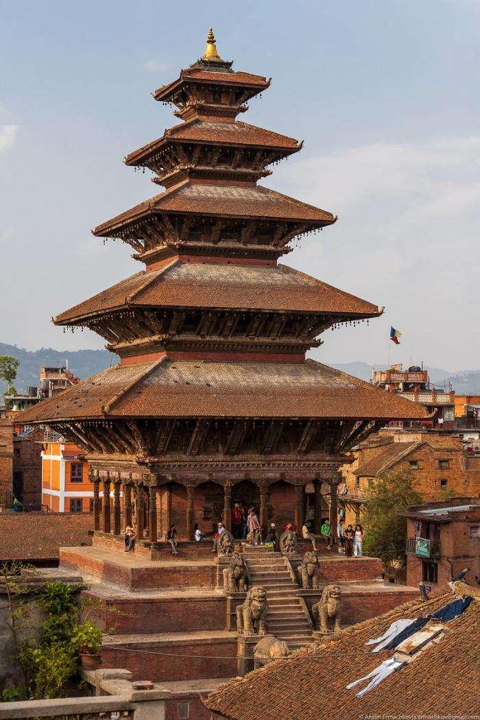 Гималаи. В поисках охотников за медом диких пчёл (34 фото)