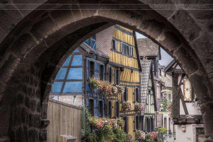 Крохотные сказочные населенные пункты Эльзаса (15 фото)