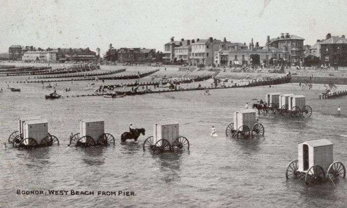 Купальные фургоны - неотъемлемая часть пляжей в XVIII и XIX веках (8 фото)