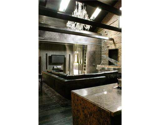 Необычный особняк Ленни Кравица продается за 1 миллион долларов (11 фото)