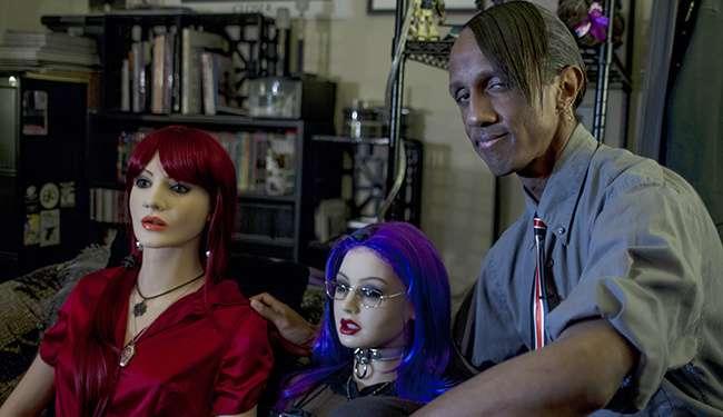 Отношения с секс-куклами