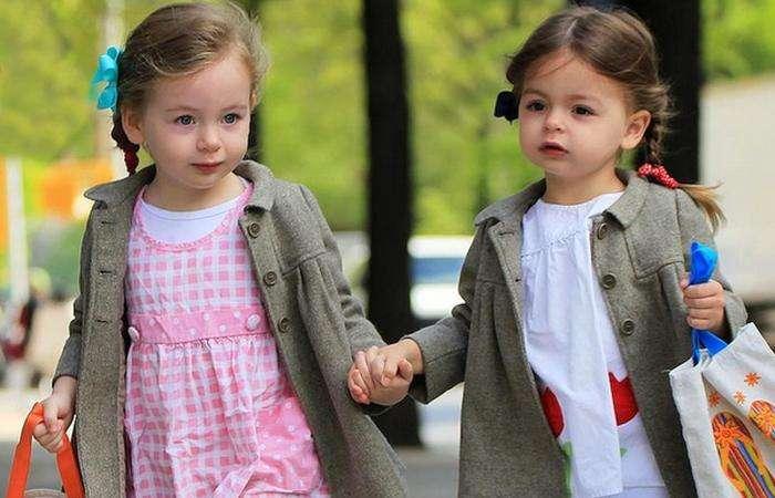 Разные отцы: вероятность рождения  близнецов - 1: 400.