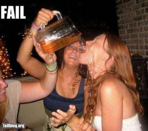 Приколы с алкоголем (23 фото)