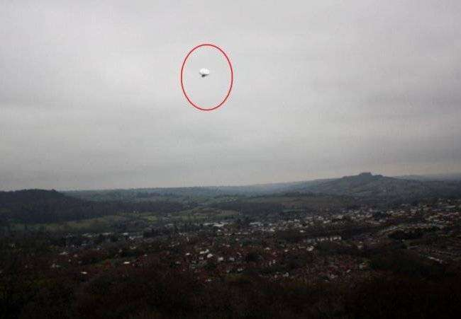НЛО глазами очевидцев (32 фото)