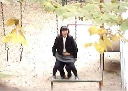 Вот так в Китае делаются 50 процентов детей (3 фото)