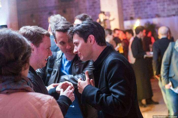 Как Павел Дуров отмечал 100 000 000 пользователей «Телеграма» (26 фото)