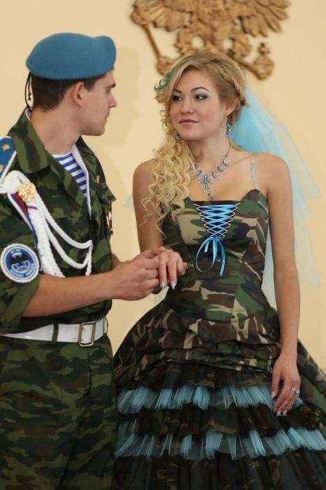 Армейская свадьба в стиле ВДВ (14 фото)