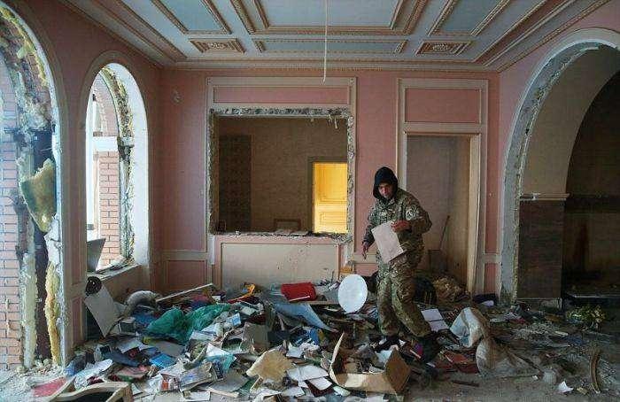 Особняк бывшего генерального прокурора Украины тогда и сейчас (22 фото)