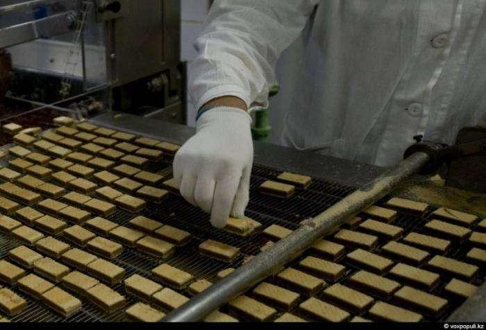 Как делают шоколадные конфеты (34 фото)