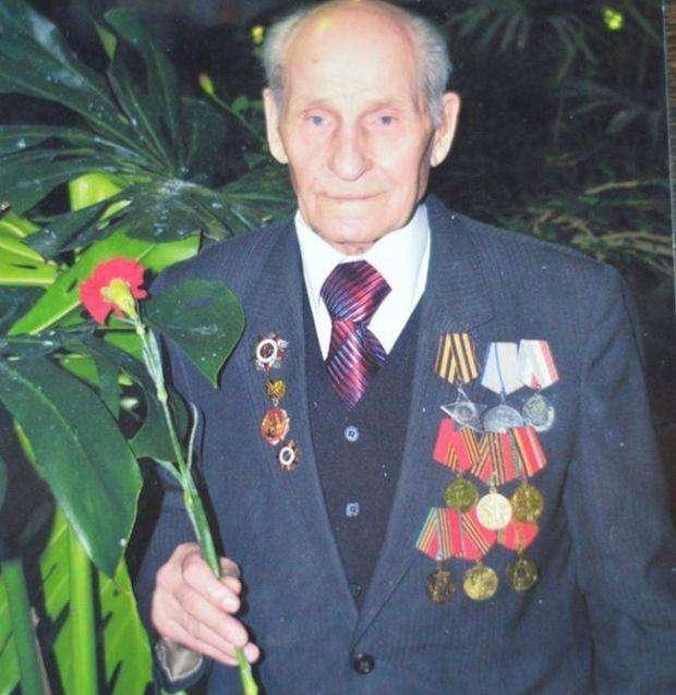 В больнице Свердловской области избили 92-летнего ветерана ВОВ (2 фото)