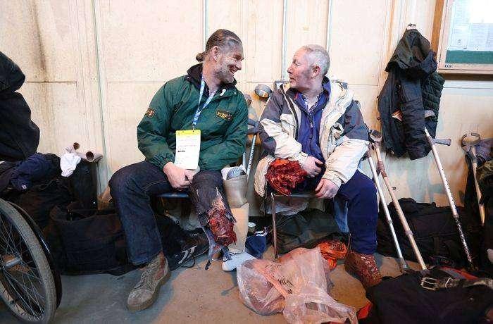 Реалистичные учения служб экстренной помощи (10 фото)