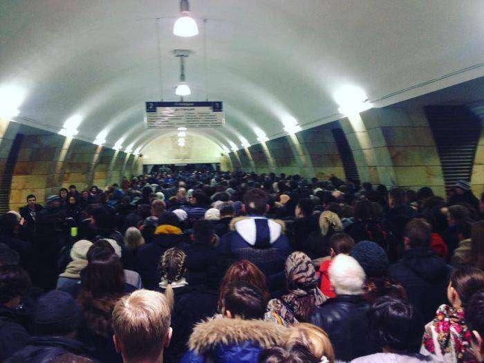 Давка в московском метро (7 фото)