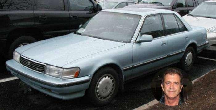 11 недорогих автомобилей богатых знаменитостей (11 фото)