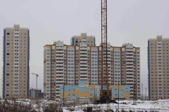 Заброшенный район новостроек в Подмосковье (28 фото)
