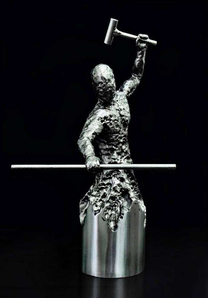 Этот сварщик создает удивительные скульптуры из металла (14 фото)