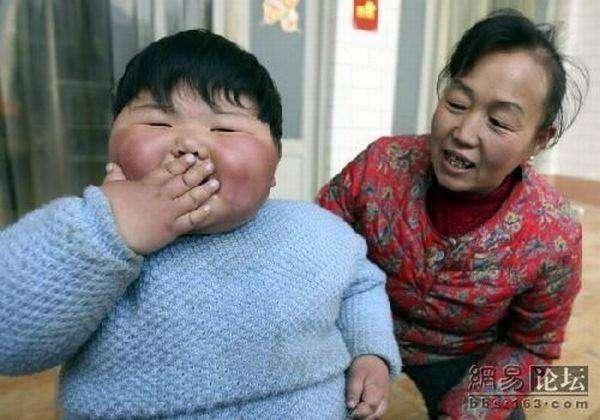 Толстая девочка (8 фото)