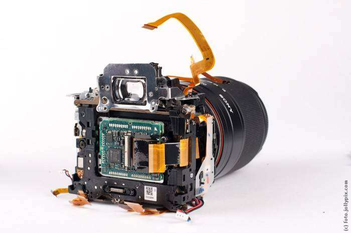 Что внутри фотоаппарата (11 фото)