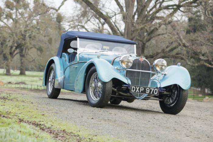 Продан Bugatti 1937 года за рекордные 10 миллионов долларов (17 фото)