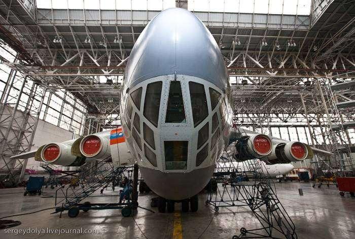 Аэропорт с точки зрения самолета (25 фото)