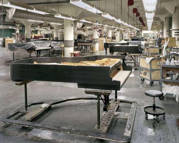 Как делают рояли? (23 фото)
