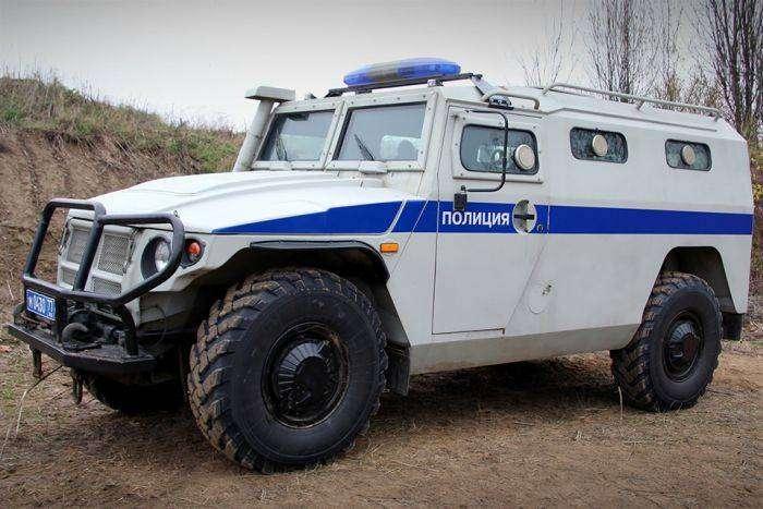Самые крутые автомобили полиции (19 фото)