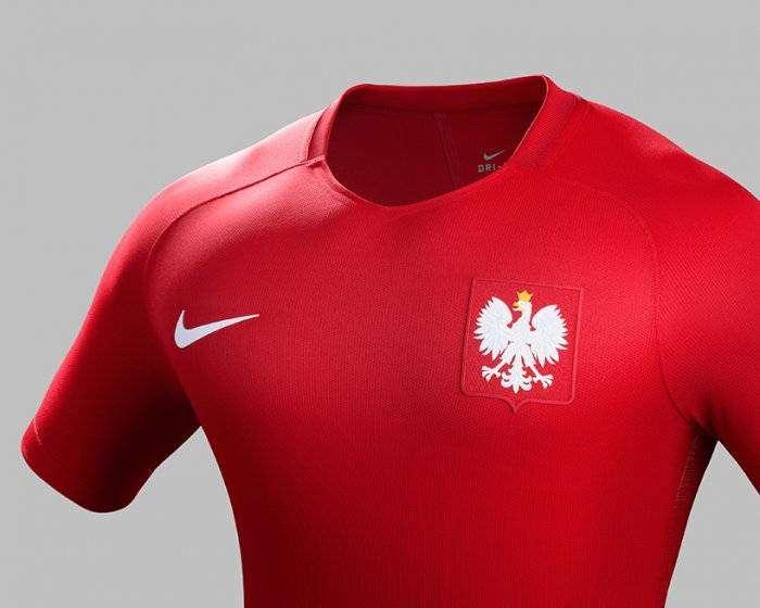 Футбольная форма национальных сборных чемпионата Европы 2016 (23 фото)