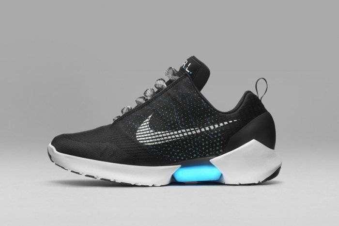 Уникальные кроссовки Nike HyperAdapt (7 фото)