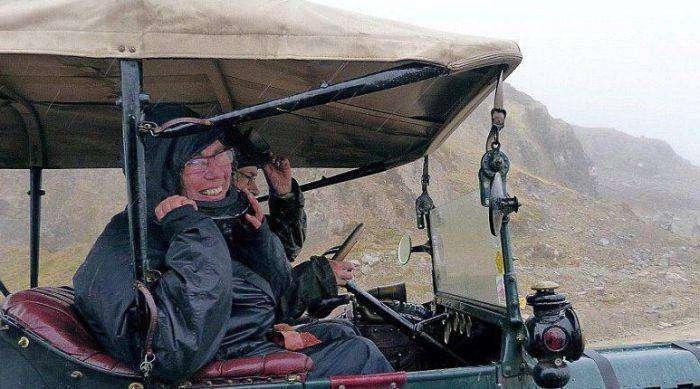 Пожилые супруги из Нидерландов отправились в путешествие (8 фото)