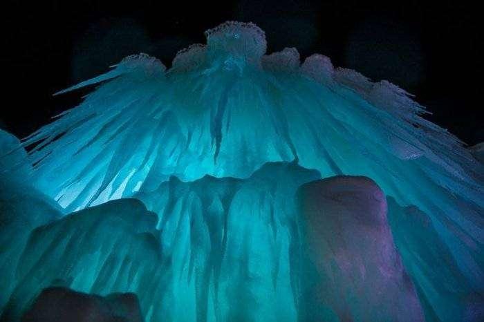 Ледяные замки Брента Кристенсена (14 фото)