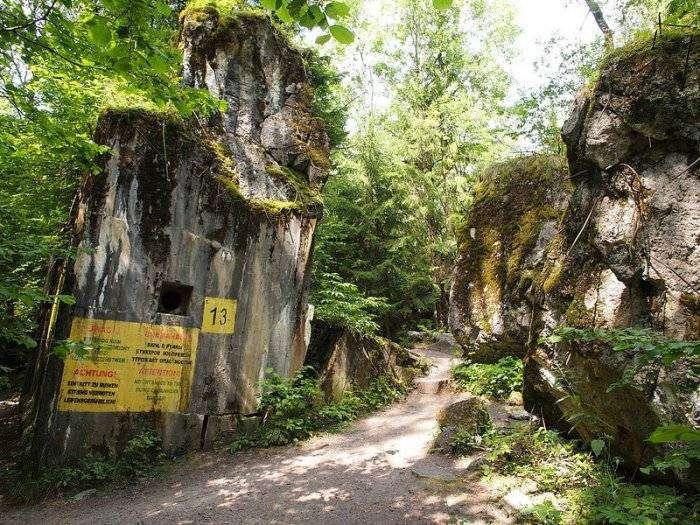 Wolfsschanze – волчье логово в лесах Польши (10 фото)