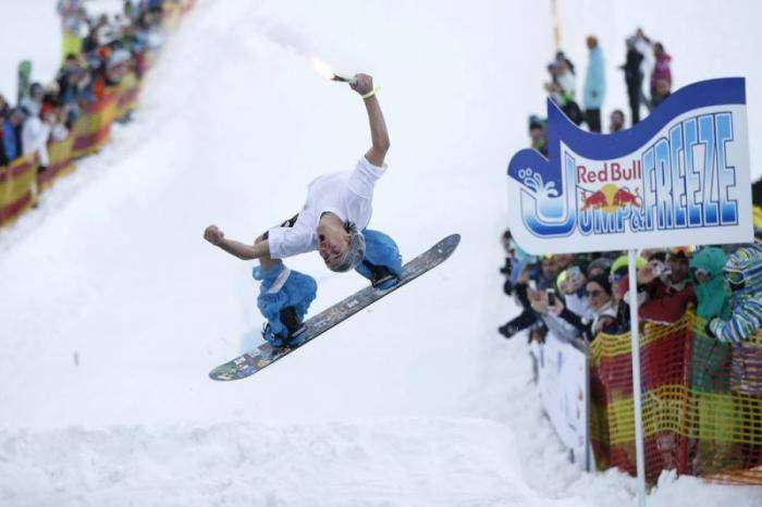 Red Bull Jump and Freeze Competition в Грузии (12 фото)