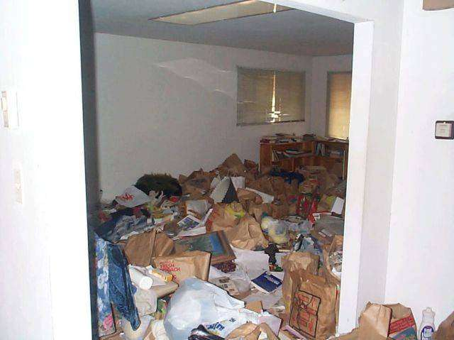 Самые стремные квартиры (35 фото)