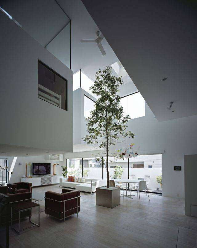 Дом с крутым гаражом (10 фото)