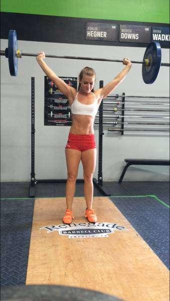 Спорт помог американке победить анорексию и встретить любимого (22 фото)