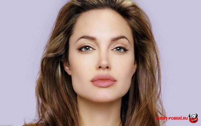 большие губы Анджелина Джоли