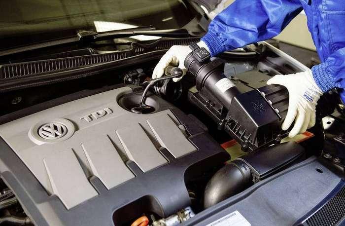 1.6TDI Motor ( EA189):  Strˆmungsgleichrichter (Einbau: Bild 5von 6)