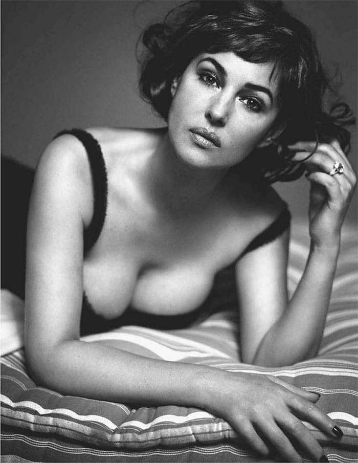 Редкие снимки секс-символа мирового кинематографа Моники Беллуччи