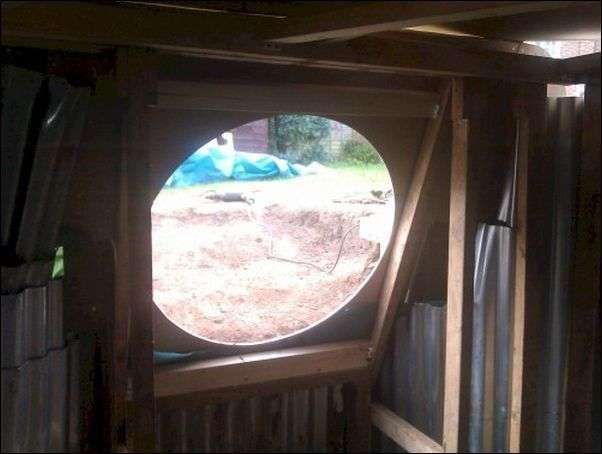 Строительство домика Хоббита у себя во дворе (24 фото)