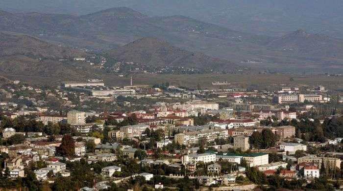 В Нагорном Карабахе возобновились боевые действия (13 фото)