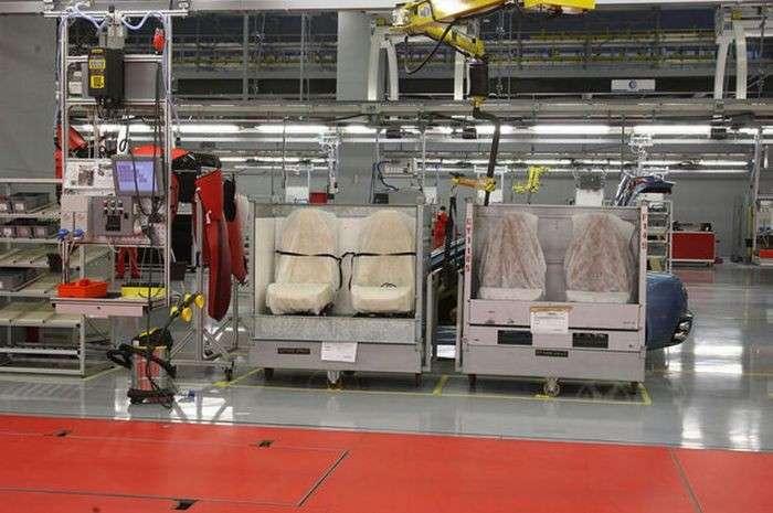 Завод по производству Феррари (35 фото)