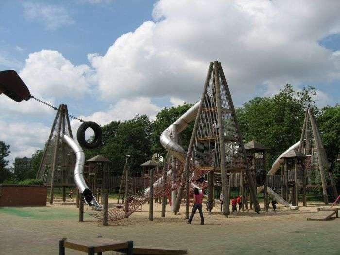 Детские дворики (21 фото)