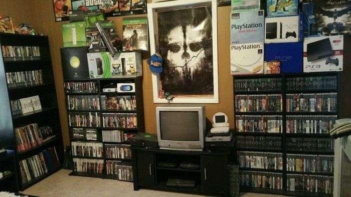 Невероятная коллекция видеоигр стоимостью 150 000 долларов (7 фото)