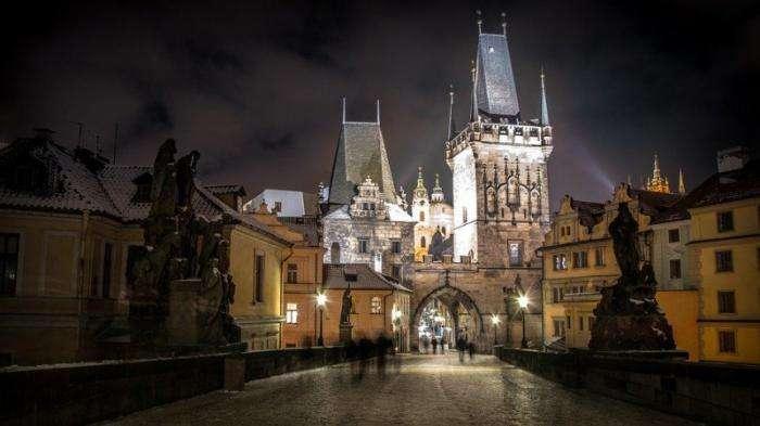Чарующие мосты Праги (17 фото)
