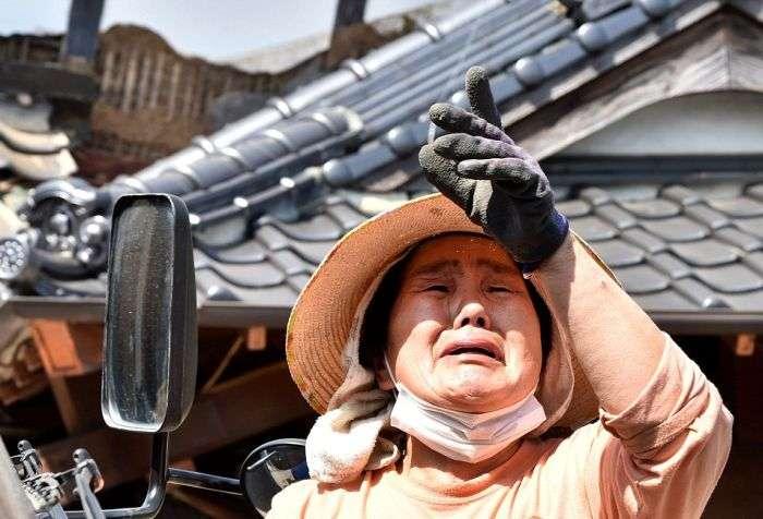 В Японии произошло крупнейшее за последние 5 лет землетрясение (15 фото)