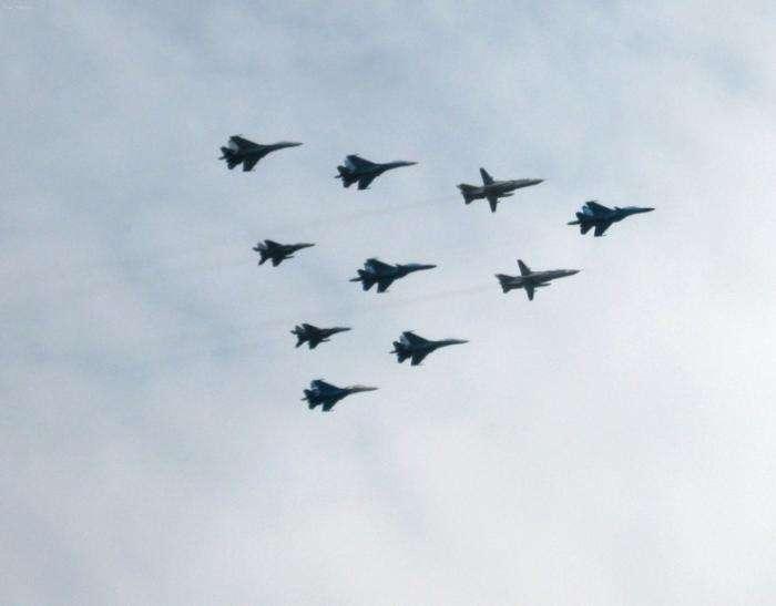 Репетиция авиапарада (12 фото)