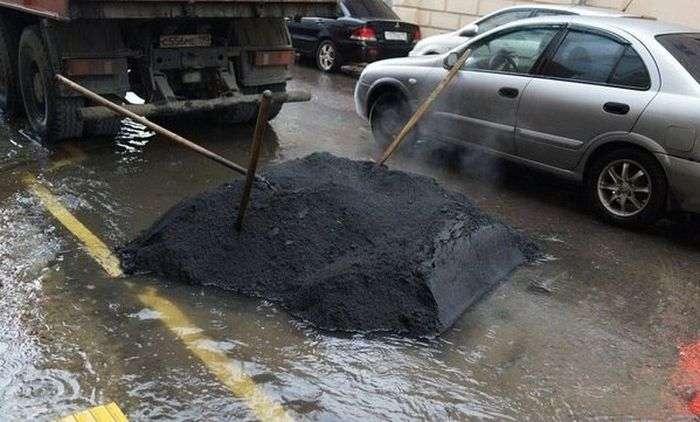Как делают дороги в Чехии и Китае (8 фото)