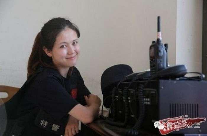Няшная сотрудница монгольской полиции (8 фото)