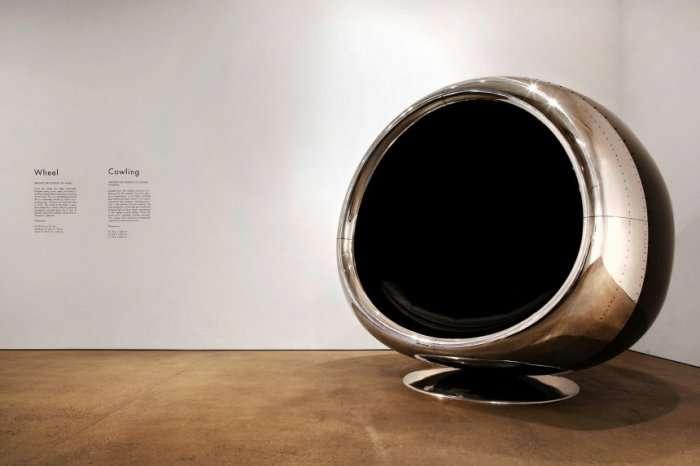 Кресло из корпуса двигателя Boeing 737 (5 фото)