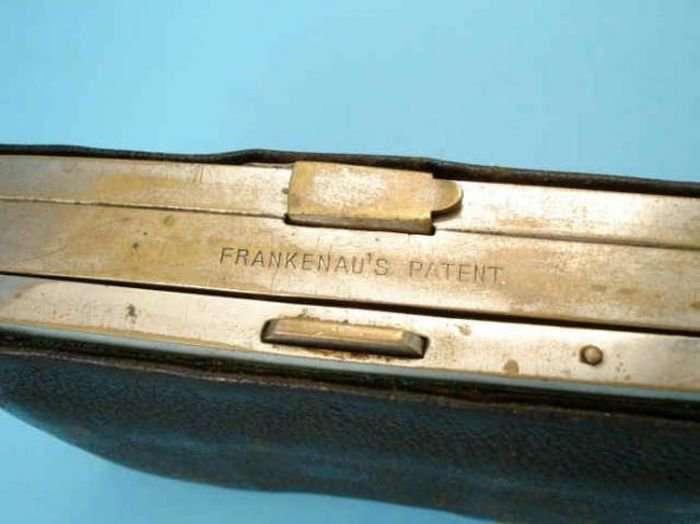 Огнестрельный кошелек (10 фото)